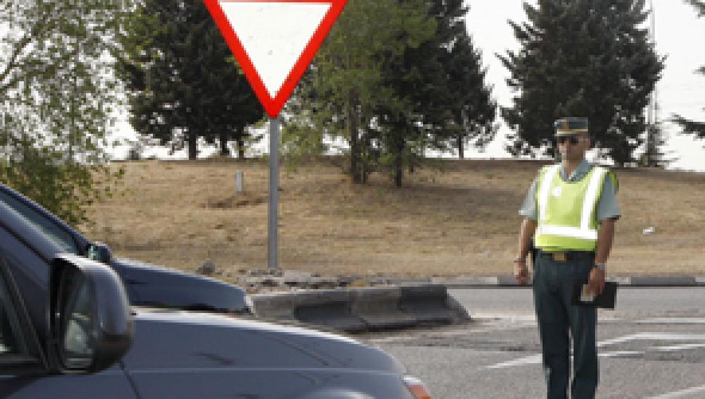 El carné por puntos reduce el riesgo de morir en la carretera