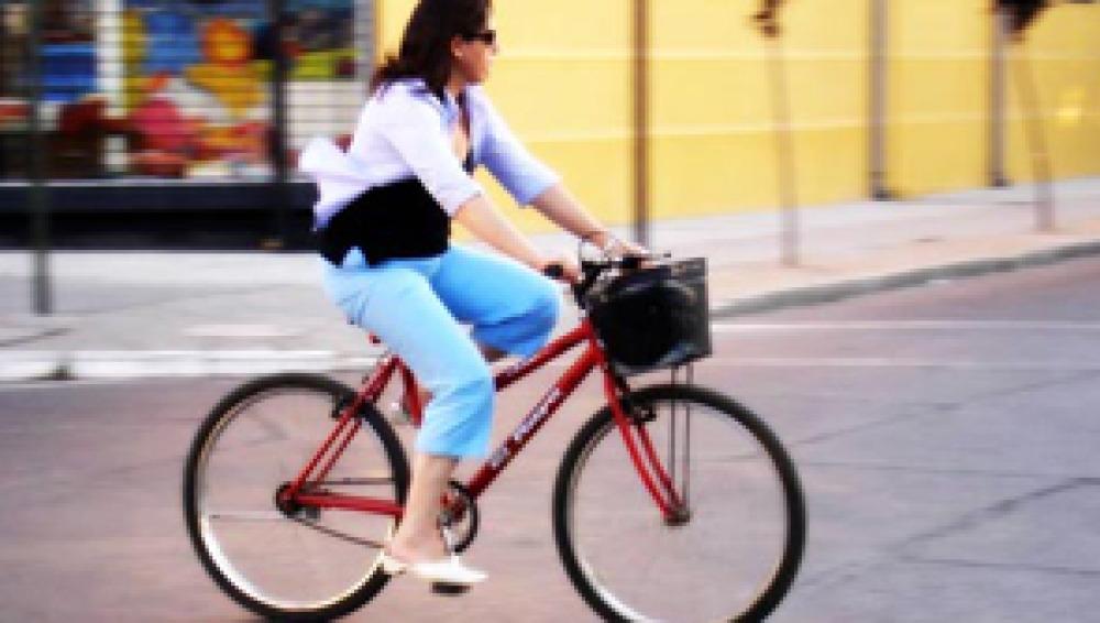 Los ciclistas denuncian los puntos negros en los carriles bici