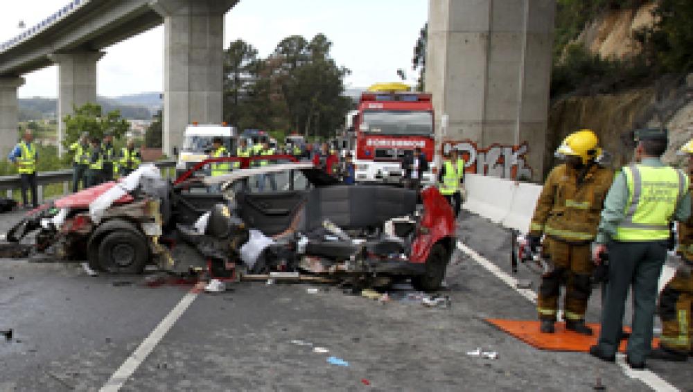 Julio acaba con 175 muertos en las carreteras, tres menos que el pasado año