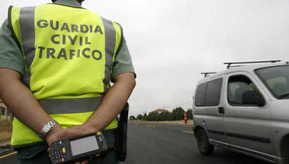 La Guardia Civil detectará infracciones en tiempo real a través del tacógrafo