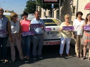 Los taxistas de Córdoba lanzan una campaña contra la violencia de género