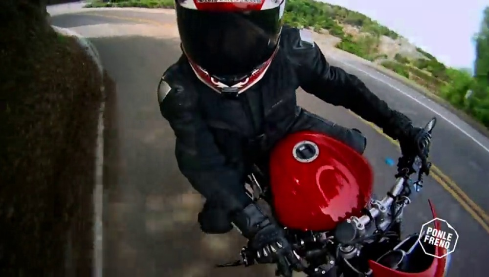 Frame 15.245518 de: Ponte el casco siempre que vayas en moto