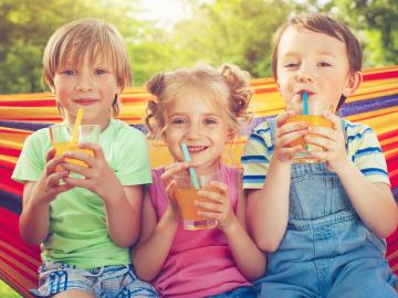 Consumir zumos en exceso conlleva riesgos para la salud