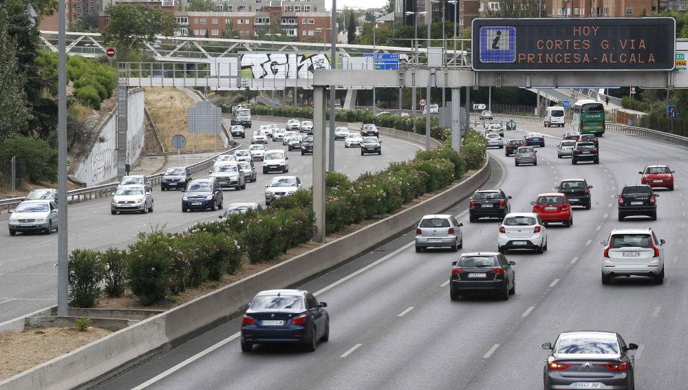 Tráfico de salida de Madrid por la A1