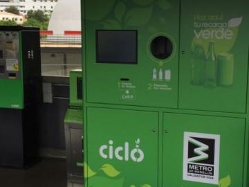 Billetes de Metro a cambio de botellas recicladas