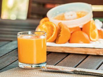 El zumo de naranja es malo si se toma en ayunas.