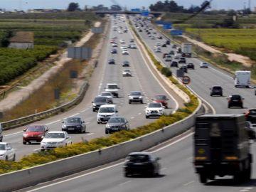 Retenciones en carreteras en la operación retorno de Semana Santa