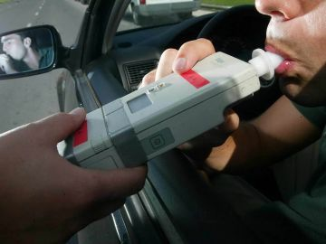 Tráfico quiere bajar el límite de alcoholemia: más controles y más límites
