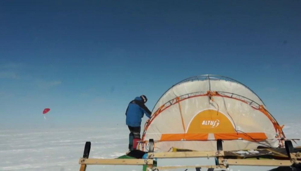 Un 'trineo del viento'para recorrer la Antártida sin contaminar