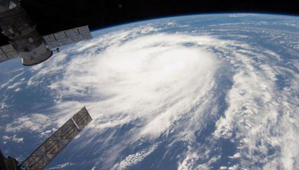 Fabricar nubes para controlar los huracanes