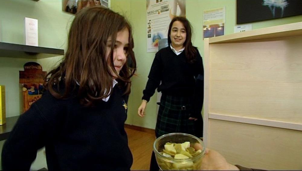 """El Estirón se propone que Laura y Rocío coman verduras """"de tupper"""""""