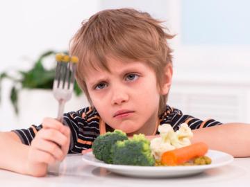 ¿Qué podemos hacer para que los niños coman más verduras?