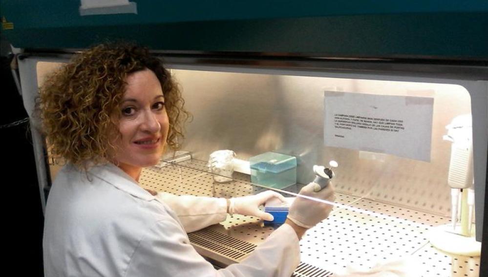 María Ángel García Chaves, estudia la denominada proteína quinasa 'PKR'
