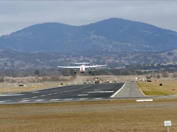 Un vuelo de American Airlines con destino a Milán es desviado  a Canadá