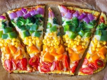 Aprendemos a preparar una receta muy rica y saludable: la pizza Arcoíris