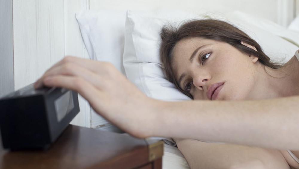 Despertador de mesilla de noche