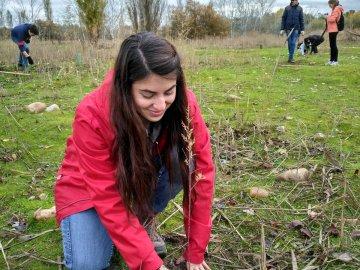 WWF planta árboles para reivindicar la prevención contra incendios