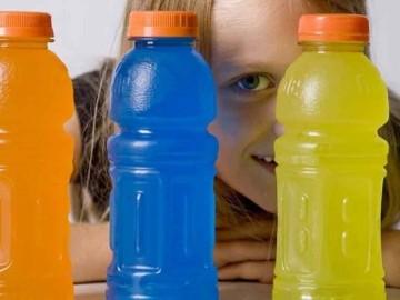 Los médicos advierten de un aumento del consumo de bebidas isotónicas en niños y adolescentes