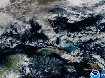 Aguas poco profundas en el Caribe y Florida