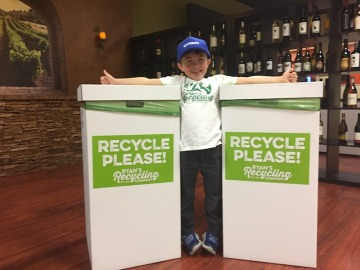 Un niño ahorra 10.000 dólares para la Universidad gracias al reciclaje