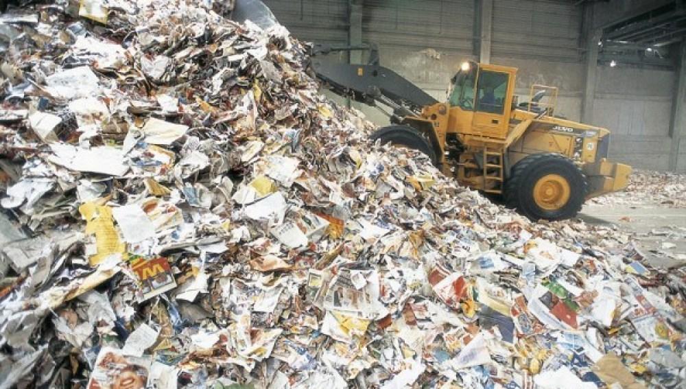 Los españoles reciclan un 71% del papel y cartón consumido en 2016