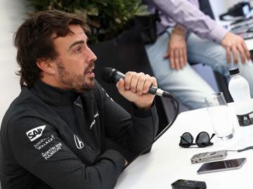 Fernando Alonso, Marc Márquez, Rafael Nadal y Griezmann, entre los deportistas que participan en la campaña mundial de la FIA para reducir los accidentes de tráfico
