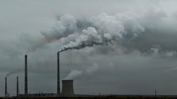 La 'Ley del Carbono', una guía para reducir las emisiones contaminantes a la mitad