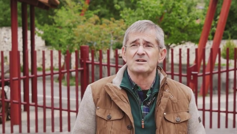 Mateo Lafragua, un trasplantado de riñón que emprende una campaña contra la proliferación de resaltos
