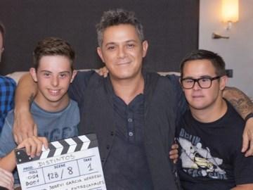 Alejandro Sanz colabora en 'Distintos', un emotivo corto sobre síndrome de Down