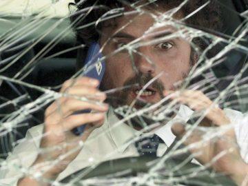 """La DGT lanza """"Magia"""", una campaña para alertar a los conductores del peligro de mirar el móvil"""