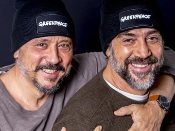 Javier y Carlos Bardem se embarcan con Greenpeace rumbo al oceáno Antártico para reclamar su protección