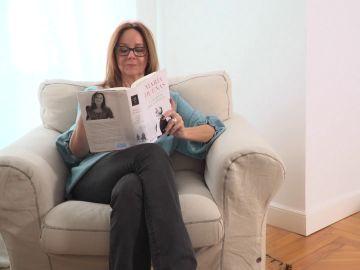 María Dueñas lee su novela 'Las hijas del capitán'